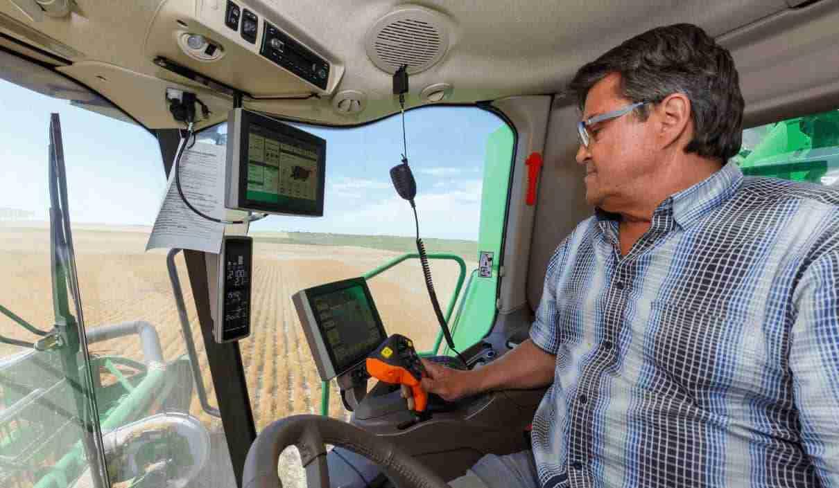 GPS in combine